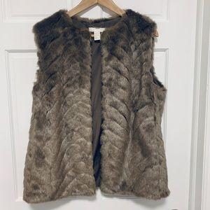 H&M Faux Fur Vest - Medium